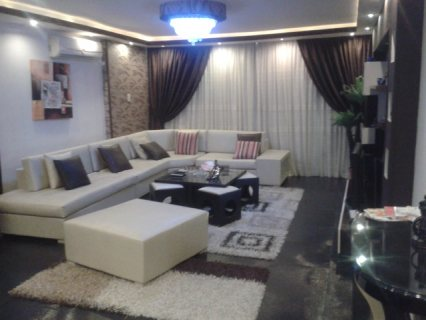 شقة مفروشة للايجار مستوى فندقى بجوار سيتى ستارز مدينة نصر