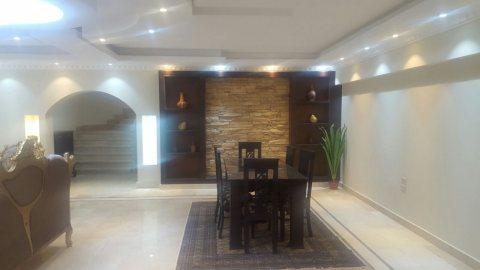 لمحبى السكن المتميز وراقى بمدينة نصر شقة مفروشة للايجار