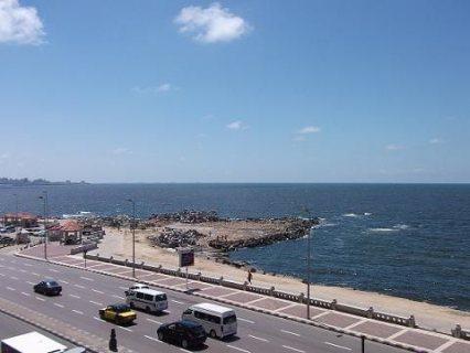 للاستمتاع بأجازة الصيف على شواطئ البحر في الإسكندرية شقة للإيجار