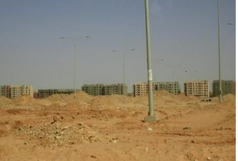 ارض ف الشماليات 6 اكتوبر 457 م دبل فيس وتطل ع مسجد