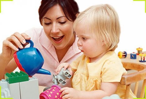A foreign nanny is required for two childrenمطلوب مربية لطفلين تؤم