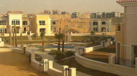 شقة للبيع في القاهرة الجديدة – كمبوند ستون بارك - 220 متر