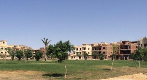 أرض خالصة الثمن من البنك ومبنية في مدينة بدر