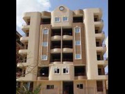 165 مـتـر تحفة معمارية قرب الجامعة الفرنسية