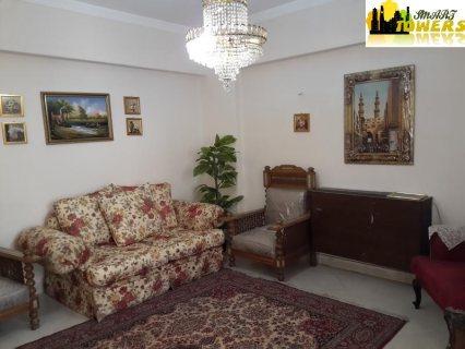 شقة مفروشة للايجار بشارع هشام لبيب مكرم عبيد بجوار السراج مول