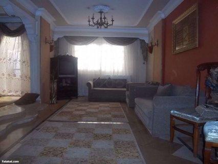 شقة مميزة للبيع بشارع جانبي بين أحمد ماهر وحى الجامعة 185 م صافى