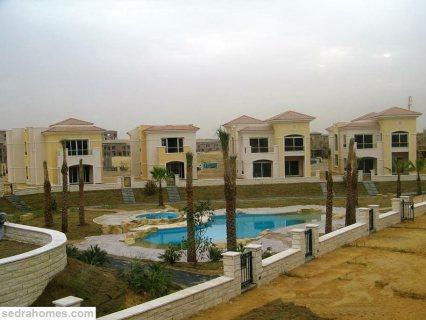 للبيع شقة فى  Stone Residence - New Cairo 140m