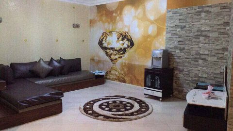 شقة مفروشة للايجار  شارع مكرم عبيد