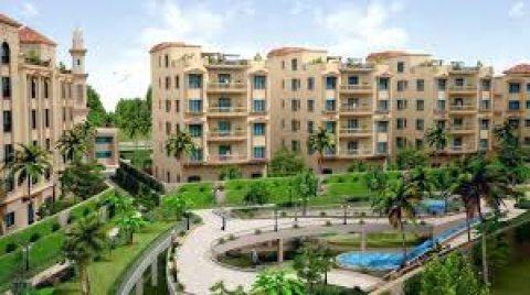 شقة للبيع في كمبوند Sarai  بجوار مدينتي بالقاهرة الجديدة :