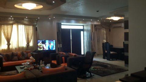 شقة مميزة للبيع بشارع أحمد ماهر الرئيسي مساحة 170 م