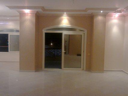 شقة مميزة للبيع بشارع سامية الجمل الرئيسي 180 م