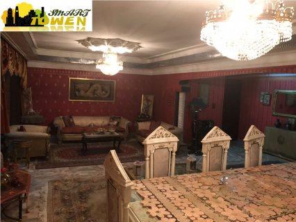 شقه للاستثمار و السكن 245م شارع موازي لعباس العقاد
