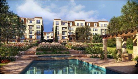 للبيع شقة رائعة في كمبوند ساراي  موقع ممتاز بالمرحلة الاولي