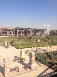 شقة 180م بكمبوند تاج سلطان من شركة مدينة نصر للاسكان والتعمير
