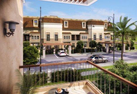 شقة رائعة في كمبوند ساراي موقع ممتاز بالمرحلة الاولي