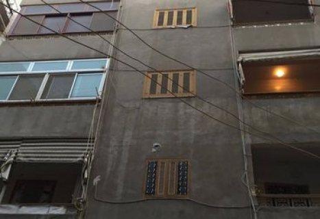 عمارة 5 أدوار بموقع تجارى حيوى للبيع بشارع حسين بك مساحة 100 م