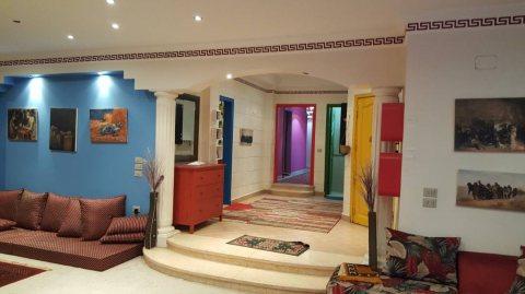 شقة مفروشة بشارع رئيسي من مكرم عبيد