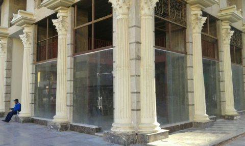محل للإيجار بمول لاسيتيه بجوار الحصري بمدينة 6 أكتوبر