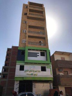 شقة 100م بابنوب شارع الجمهورية تقسيط على 3 سنين بنفس سعر  الكاش