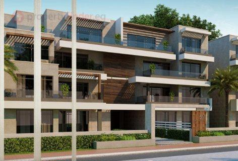 شقة دوبلكس 265م بحديقة 90م للبيع فى capital gardens new cairo