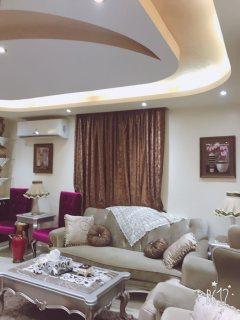 شقة مفروشة  للايجار بمكرم عبيد