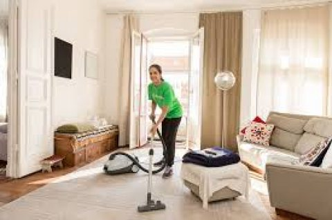 عاوزة عاملة نظافة بالأسبوع اتصلي علي الوصيفة للخدمات المنزلية01151800999