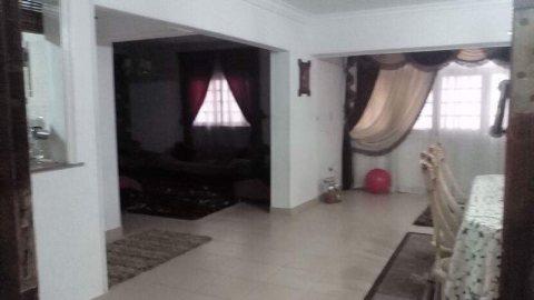 شقة مميزة للبيع بالحى الثامن بمدينة نصر 129 م