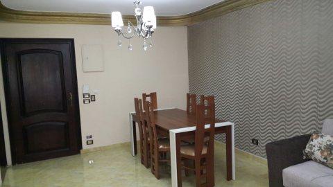 شقة مفروشة للايجار بمربع ذهبى من حافظ رمضان