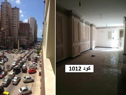 للبيع شقة في اسكندرابراهيم كلها على الشارع