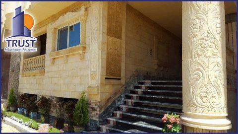 شقة في العجمي للبيع مساحتها 110 متر تتكون من 3 غرف وريسبشن وحمام ومطبخ