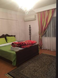 شقة مفروشة  للإيجار بشارع حسنين هيكل