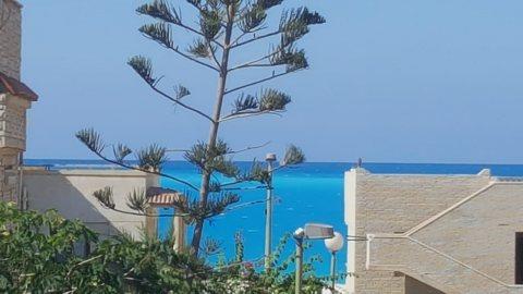 شاليه في قرية اللوتس داخل فيلا يرى البحر بوضوح الكيلو 91 بجوار مارينا