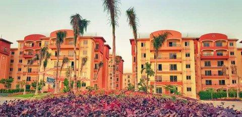 شقة في كمبوند اشجار سيتي امام مول مصر والانتاج الاعلامي بسعر حكاية