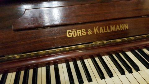 بيانو المانى Gors &Kalman 1900