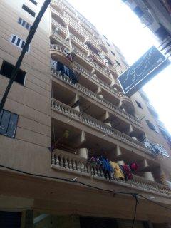 شقة 120 م للبيع بحي العجمي