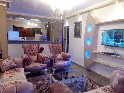 بموقع حيوى شقة مفروشة للايجار700 ج لليوم