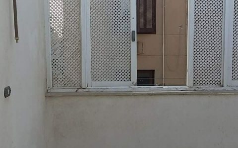 شقة 400م سكنية عند نادى الصيد وثاني نمرة من شارع محى الدين