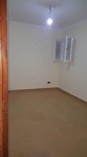 شقة للبيع  امام كوبري 45 بجوار اسماك الكتعه