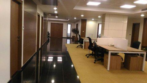مقرات إدارية للإيجار مرخصة إداري بالتجمع الخامس
