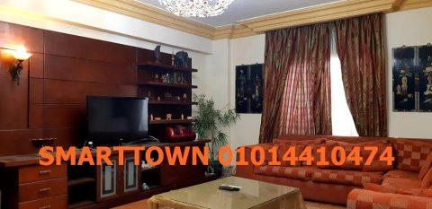 بشارع حسنين هيكل مدينة نصر بالقرب من جميع الخدمات