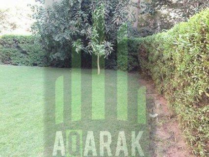 شقه ١٢٧ م للبيع ارضي بحديقة كبيرة بكمبوند حي الاشجار هاي لوكس