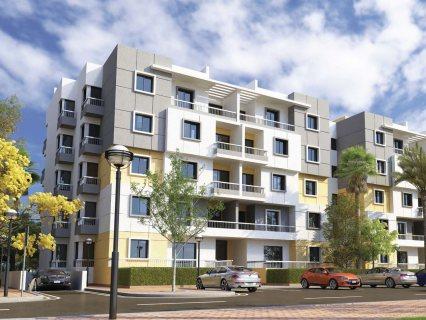 شقة للبيع بكمبوند RIYADH SECON بالتجمع الخامس