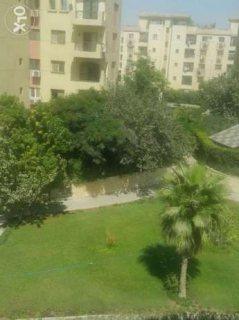 تاون هاوس في حي الأشجار بالقرب من مول مصر ودريم لاند