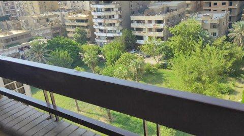 فرصه بسعر مغري شقة للبيع 250 متر بالقرب من عباس العقاد