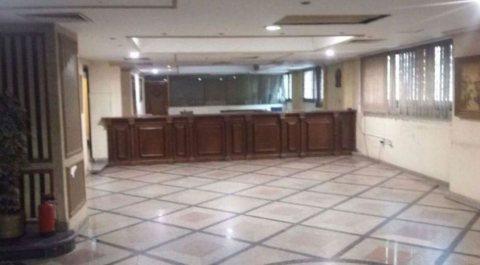 مقر تجارى سوبر لوكس للايجار بوسط القاهرة بالقرب من رمسيس