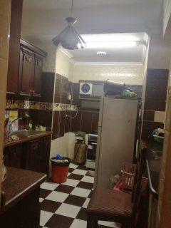 شقة للبيع بمتفرع  من منشية التحرير عين شمس