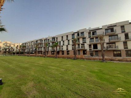 شقة للبيع بكمبوند كورتيارد سوديك الشيخ زايد 210 متر بأقل من سعر السوق