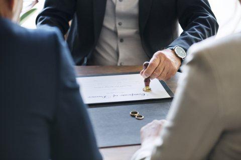 محامي متخصص في قضايا الاموال العامه(كريم ابو اليزيد)01125880000
