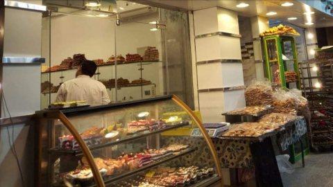محل مخبز وحلوانى للبيع بسموحة بالاسكندرية 50 متر