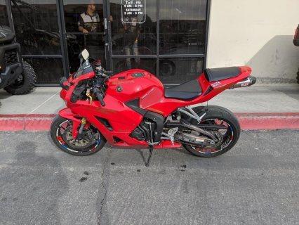 Honda  CBR   600cc......whatsapp......+971556543345